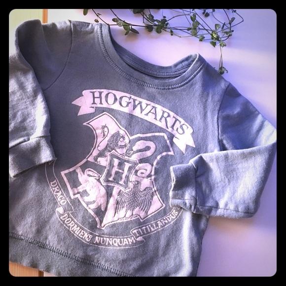 Cute Harry Potter sweater.